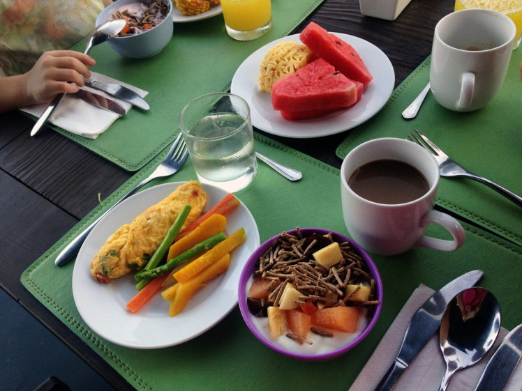 AoNang-hotell-frukost3