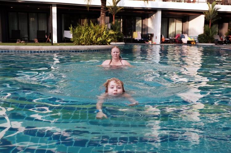 AoNang-hotell-pool4