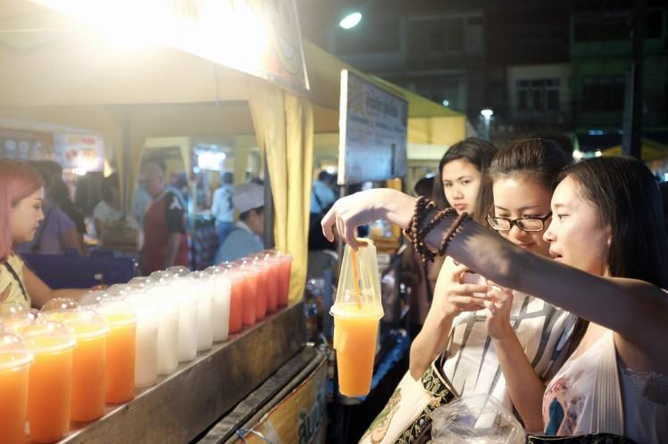 Krabitown-nightmarket3