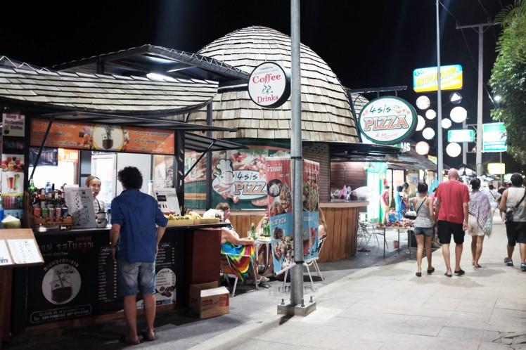 Thailand-Noppharathara-foodcourt0-marknad