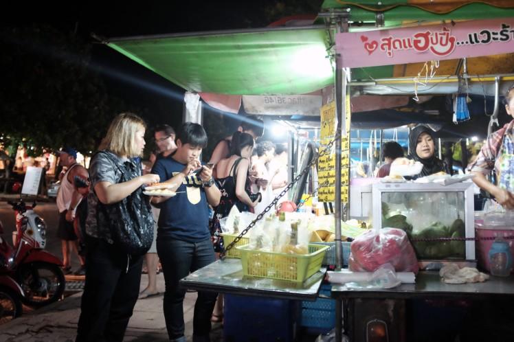 Thailand-Noppharathara-streetfood2