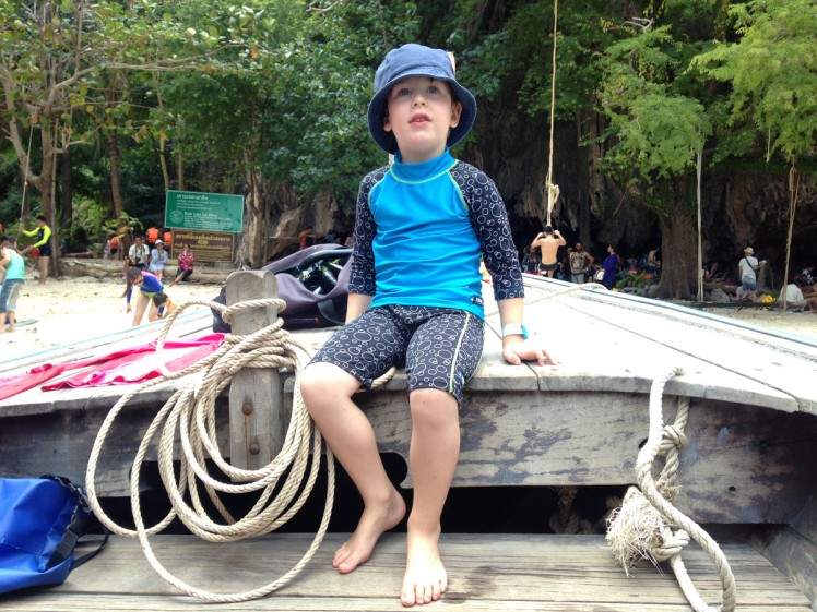 Thailand2016-utflykt-bat-ParadiseIsland2