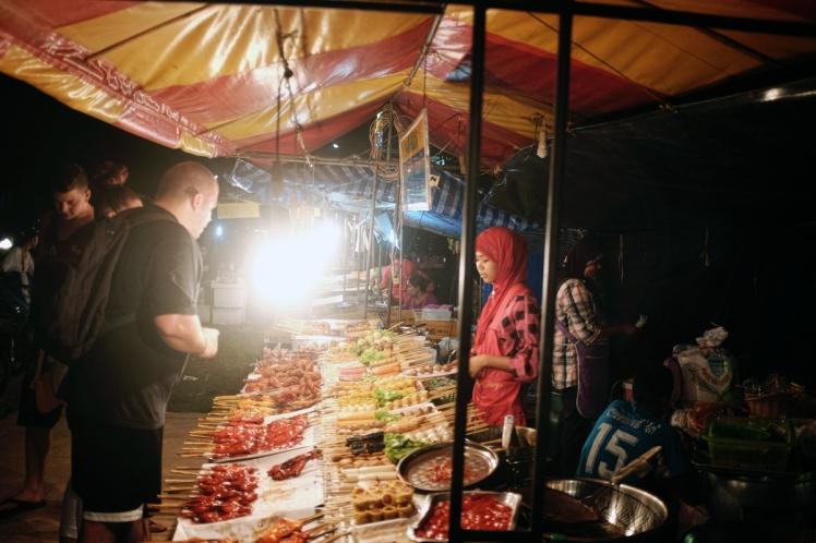 KohLanta2016-KlongDao-marknad2