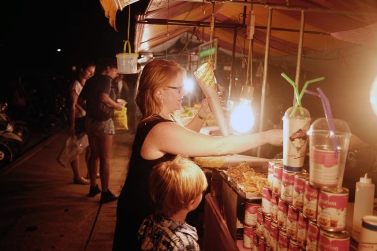 KohLanta2016-KlongDao-marknad3