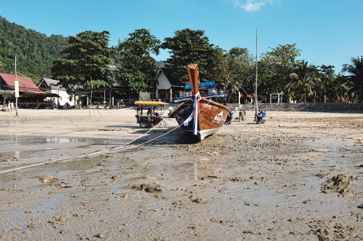KohLanta2016-KlongDao-stranden1
