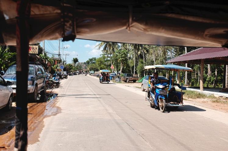 KohLanta2016-tuktuk1