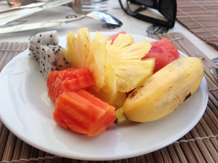 Thailand2016-KohLanta-hotell-frukost2