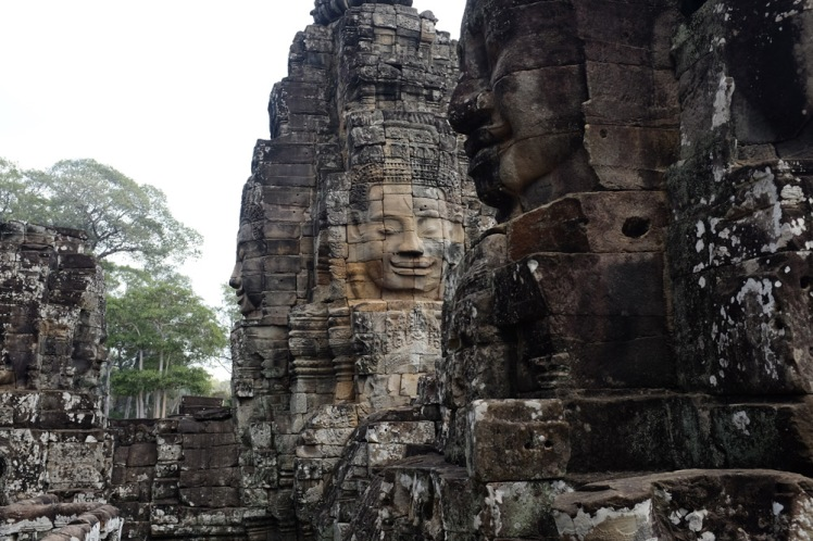 angkor-thom-bayon2