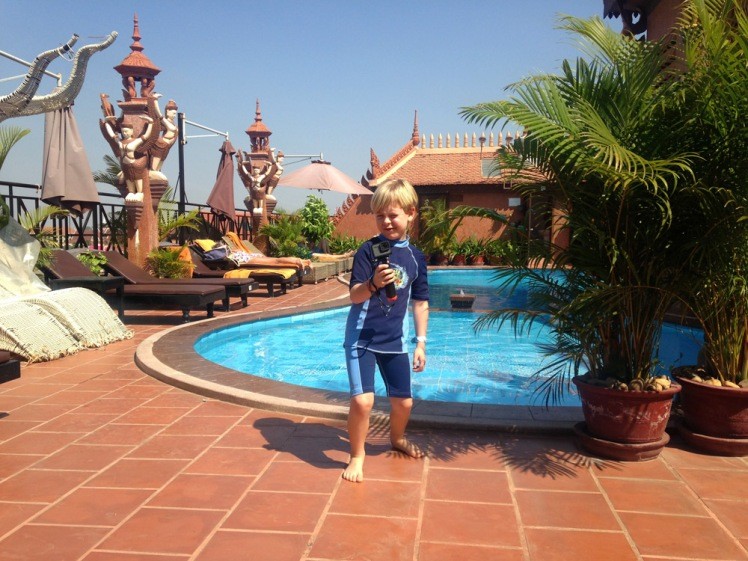 okay-villa-pool3