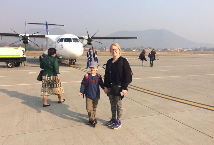flygplan-laos-hanoi