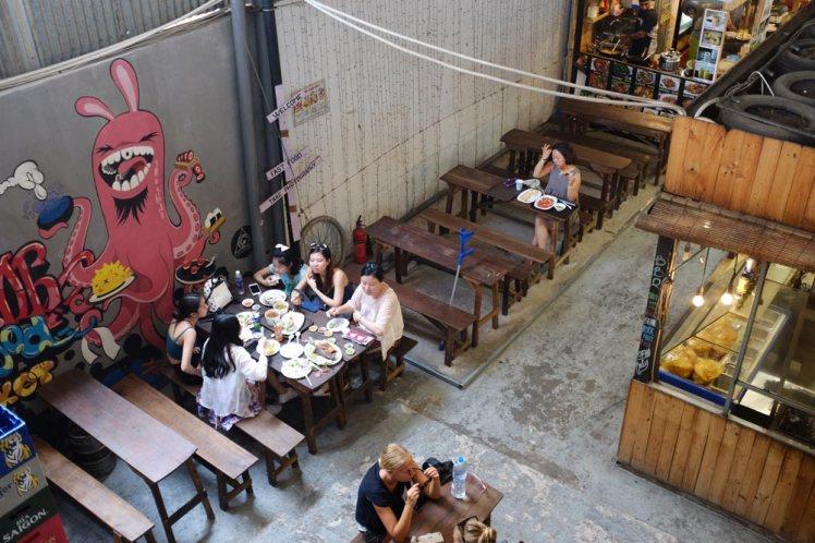 saigon-streetfoodmarket2