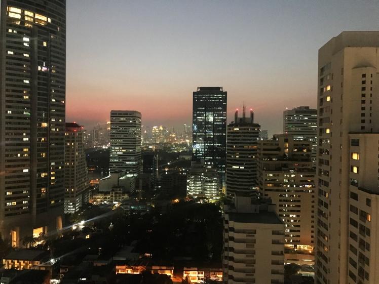 bangkok-2018-solnedgang-takbar1.jpg