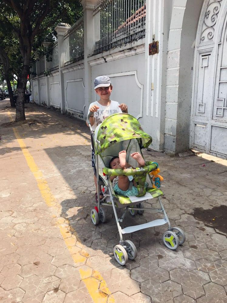 HCMC2018_ThaoDien-barnvagn1