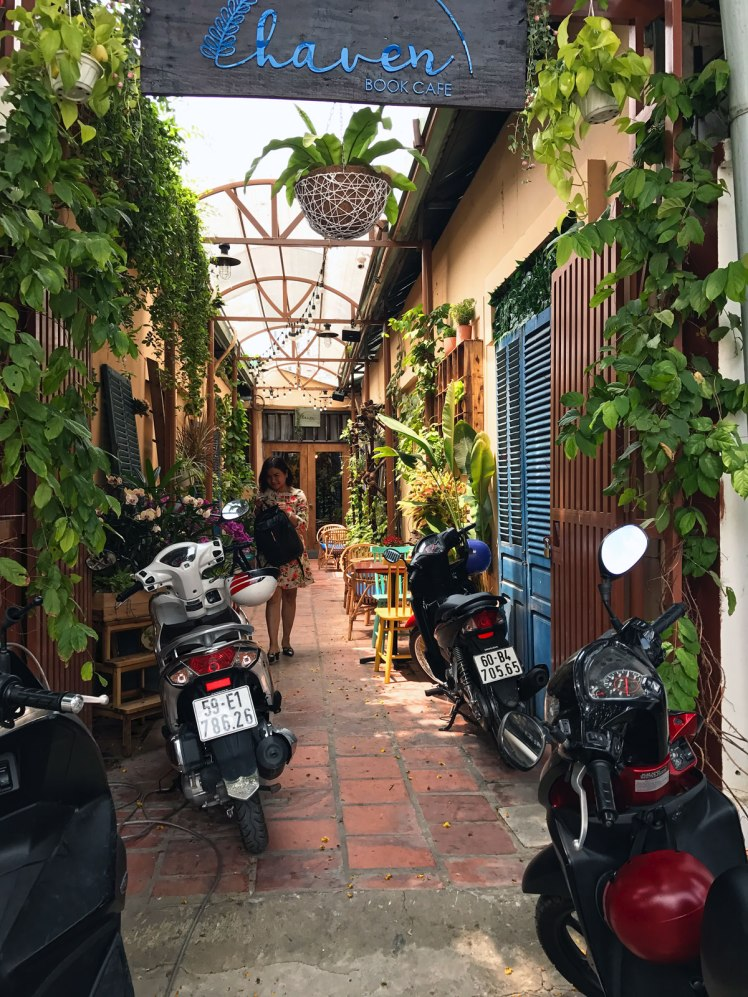 HCMC2018_ThaoDien-cafe6