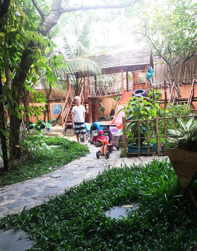 HCMC2018_ThaoDien-restaurang-lekplats.jpg