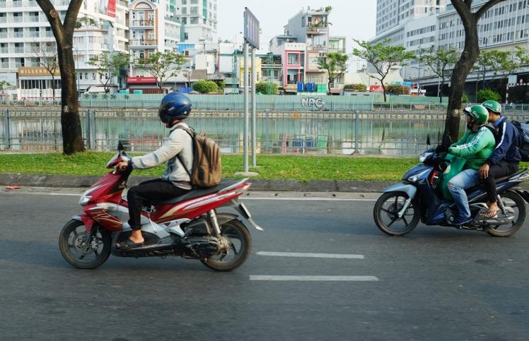 Vietnam2018-taxi-grab-mc.jpg
