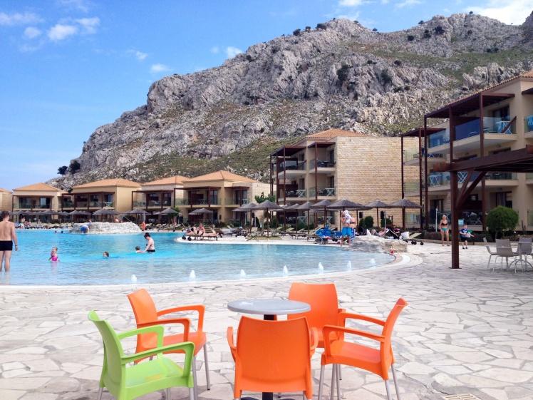Rhodos-hotellet0-storapoolen2