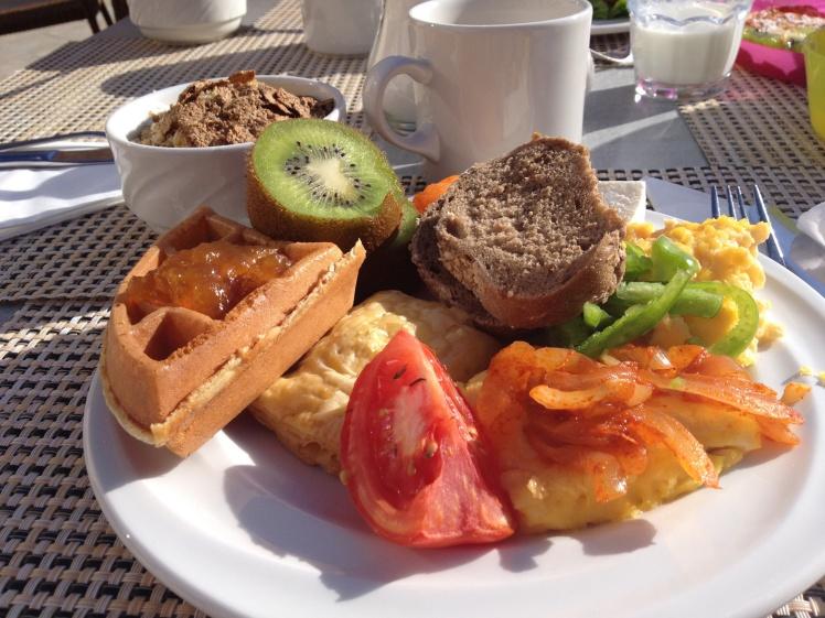 Rhodos-hotellet3-frukost
