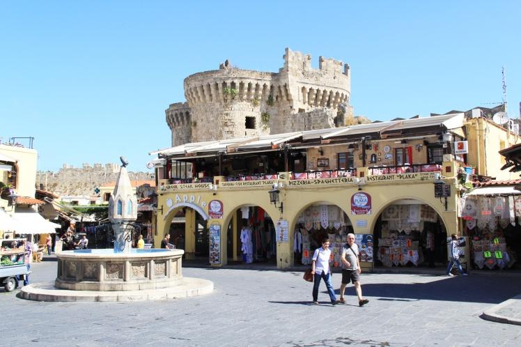 Rhodos-stad-torget.jpg