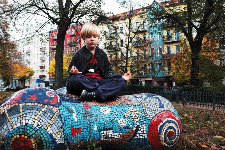 Berlin-PrenzlauerBerg-meditation