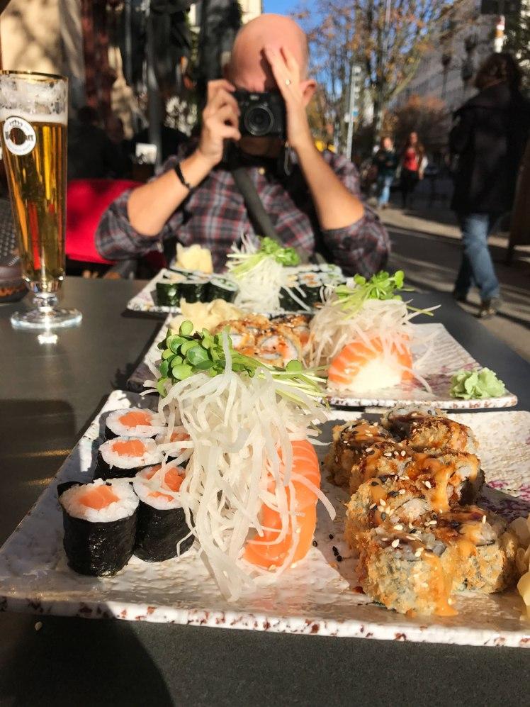 Berlin-PrenzlauerBerg-sushi-red