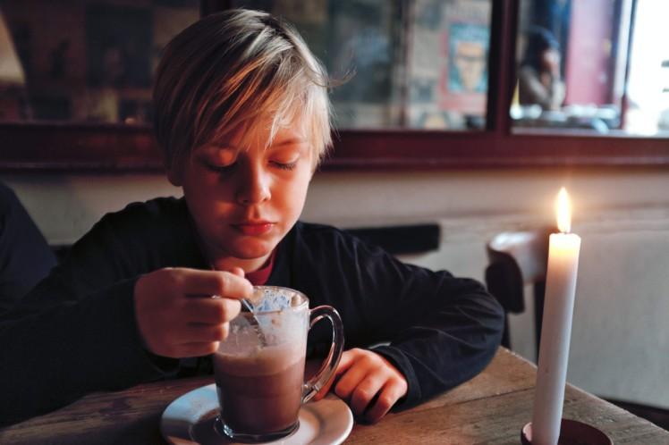 Berlin-HackescherMarkt-CafeCinema2