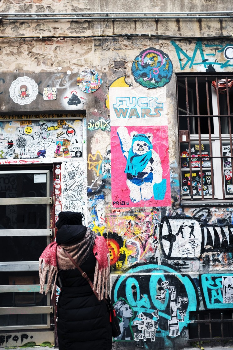 Berlin-HackescherMarkt-streetart3