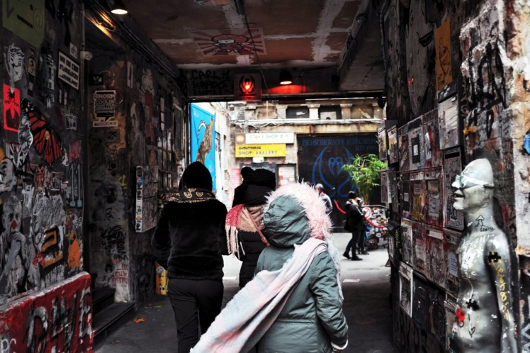 Berlin-HackescherMarkt-streetart5