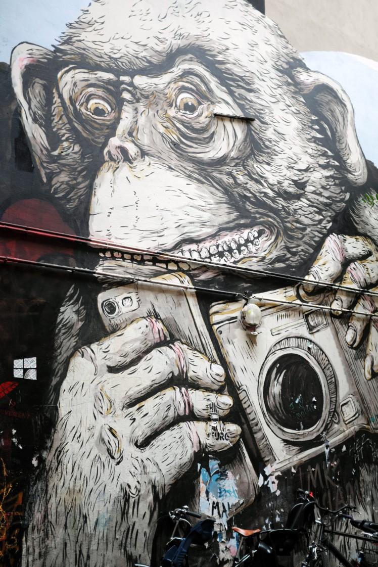 Berlin-HackescherMarkt-streetart9