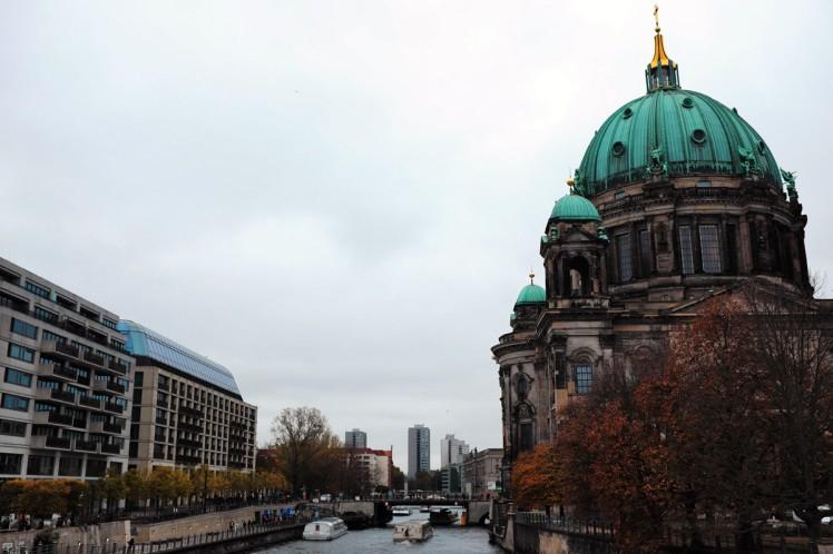 Berlin-domkyrkan-floden