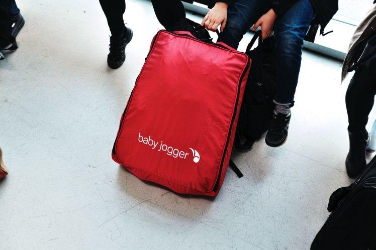 Berlin-flyg-barnvagn