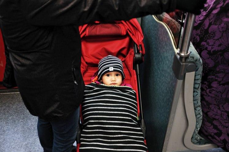 Berlin-tunnelbana-barnvagn-red