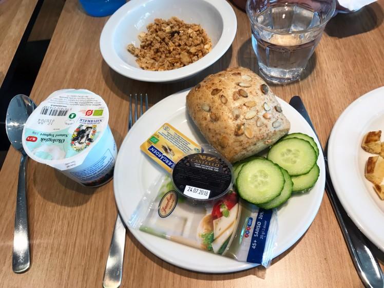 Danmark-Billund-hotell-frukost
