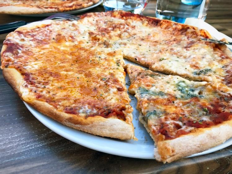 Danmark-Billund-pizza1